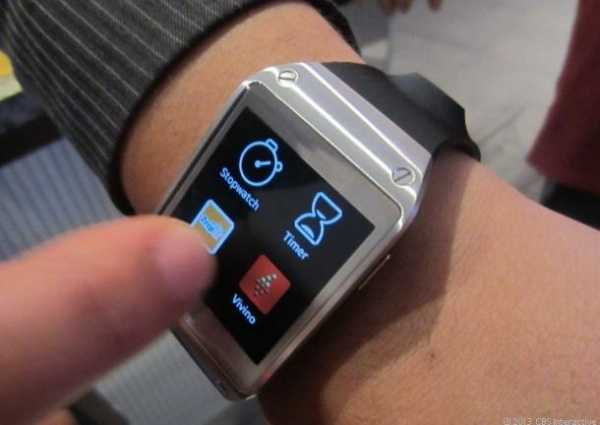 Galaxy_Gear_hands_on1_610x432.jpg