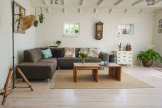 living-room-couch-interior-room-584399-1.jpeg