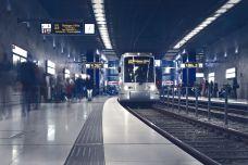 metro-2942353_960_720.jpg
