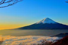 mt-fuji-sea-of-clouds-sunrise-46253.jpeg