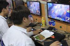 nhung-mon-an-game-thu-viet-tuyet-doi-khong-nen-an.jpg