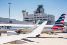 picjumbo_boarding-airplanes-on-san-francisco-sfo-airport_free_stock_photos_picjumbo_HNCK4373-2210x1474.jpg